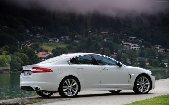 Jaguar XF Diesel = 0,88 l/mil
