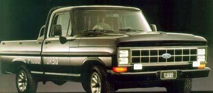 Ford-1000 av 1992 års modell, då med 25 år gammal teknik och en turbodiesel på 119 hk.